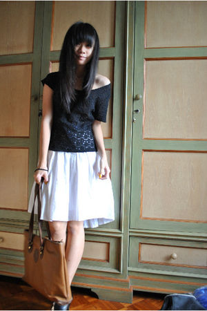 black shirt - white dress - black one two shoes - brown