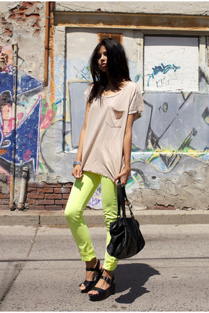 lime green twill slack American Apparel jeans - black duffel Zara bag