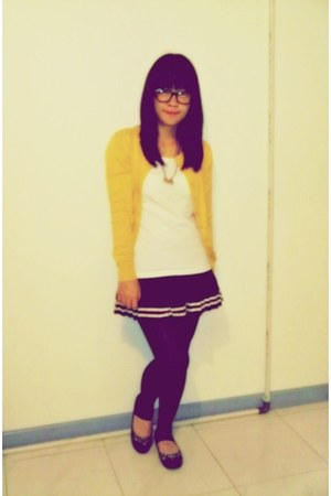 gold unbranded cardigan - navy flea market skirt - white espresso shirt - navy t
