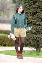 green flannel Ovs Industry shirt - brown leather Zara boots