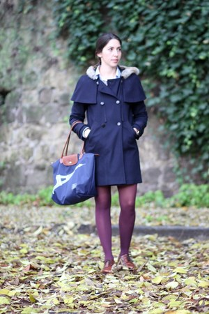 navy wool Comptoir des Cotonniers coat - burnt orange leather vintage shoes