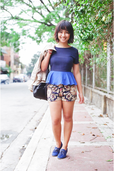navy suede Forever 21 shoes - navy scarf print shorts