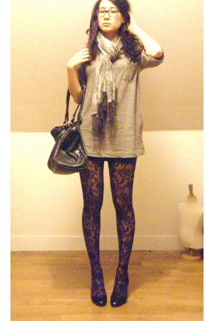 H&M scarf - AMERICAN VINTAGE t-shirt - American Apparel skirt - Le Bourget tight