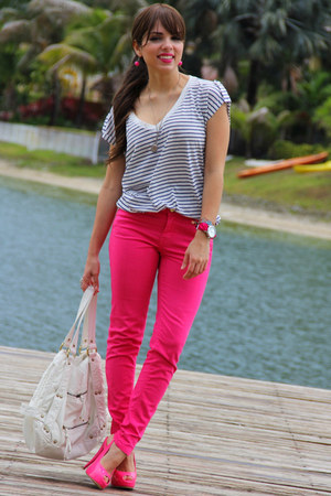 hot pink Shoedazzle shoes - hot pink Zara jeans - white Express bag - navy Forev