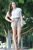 gold Mimi Boutique bag - camel Forever 21 shorts - gold Pop of chic accessories
