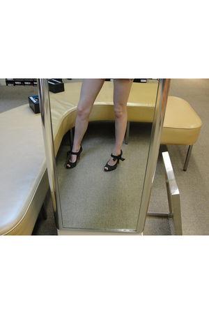 black Betsey Johnson shorts