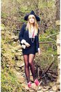 Red-keds-shoes-black-forever21-blazer-black-forever21-skirt