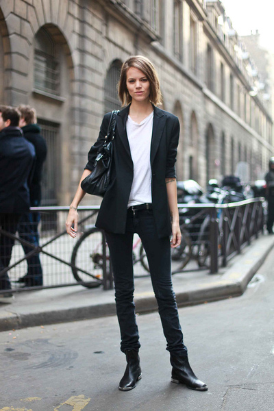 black blazer - white t-shirt - black jeans - black purse - black boots