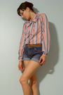 White-joyce-blouse-brown-belt-blue-old-navy-shorts