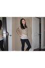Beige-gilly-hicks-blouse-beige-gilly-hicks-intimate-blue-hollister-jeans