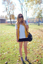 tan suede Dolce Vita boots - white J Crew t-shirt - black Urban Outfitters skirt