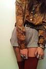 Burnt-orange-vintage-blouse-tan-brandy-melville-shorts-brick-red-american-ap