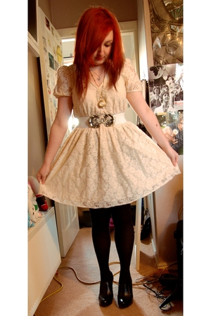 white Primark dress - black new look shoes - white H&amp;M belt - silver Swallow nec