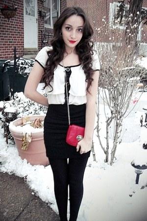 white outlined shirt - red bag - black maryjane payless heels - black tight Char