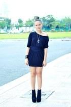 black Soule Phenomenon boots - black Oxygen dress