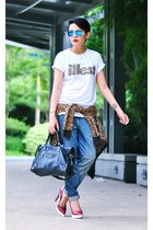 white Illest t-shirt - blue boyfriend jeans - black giant 12 city balenciaga bag
