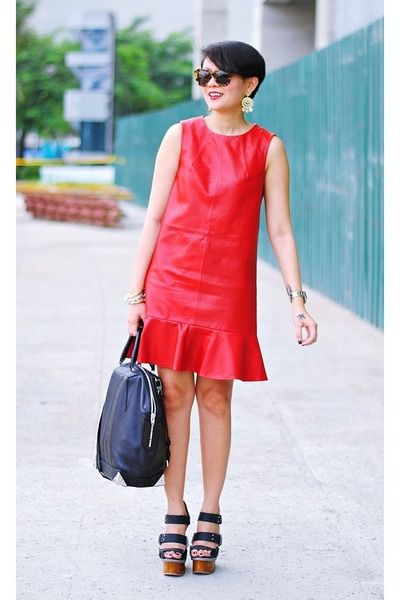 ruby red leather shift free people dress - black emile tote Alexander Wang bag