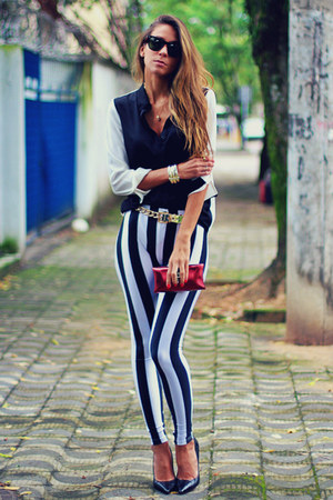 white striped romwe leggings - black black and white Forever 21 shirt