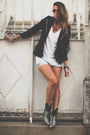 Black-choies-boots-black-fringe-for-it-blazer