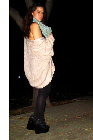 H&M sweater - Emma & Sam top - Jeffrey Campbell & LF shoes - Monserat De Lucca p