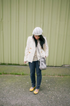 white Michael Kors coat - navy zippered skinny J Brand jeans - white Forever 21