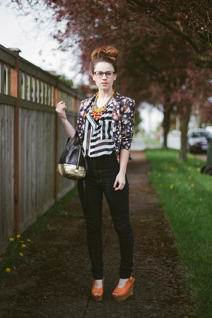 navy modcloth jeans - black similar modcloth blazer - black similar Fossil bag