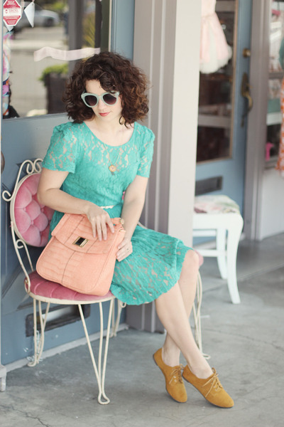 Lulus dress - Lulus bag - Lulus sunglasses - Lulus flats