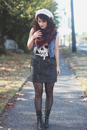 black Target boots - black modcloth tights - crimson H&amp;M scarf