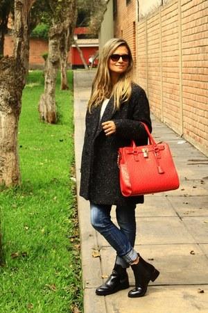Zara boots - MNG coat - Zara jeans - Michelle Belau bag