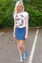 white Topshop t-shirt - blue Topshop skirt - blue Converse sneakers