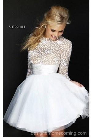white Sherri Hill 21233 dress