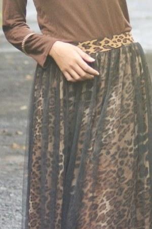 tutu leo skirt