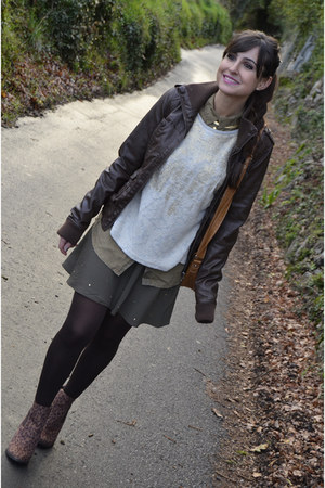 Mary Paz boots - pull&amp;bear jacket - Zara sweatshirt - Bershka skirt