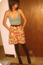 American Apparel top - Goodwill shorts - Hot Topic tights - f21 shoes