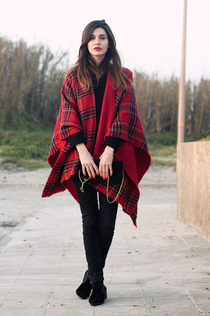 red Zara cape