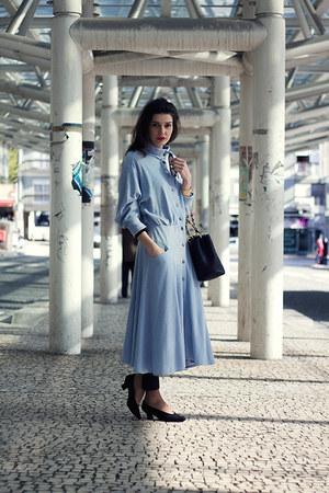 light blue vintage dress - black Chanel bag - black vintage pumps