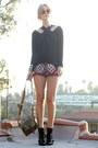 Nine-west-boots-vintage-shirt-army-vintage-bag-lenni-vintage-shorts