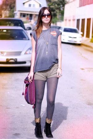 harley davidson vintage shirt - velvet vintage boots - ribbed UO shorts