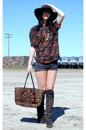 American Apparel hat - Chinese Laundry boots - American Apparel shorts - vintage