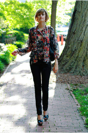 purple vintage blouse - black H&M jeans - black Finsk shoes - gold vintage neckl