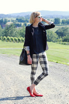 red pointed Pour La Victoire flats - white plaid mother jeans