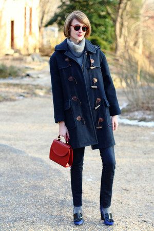 navy toggle Burberry coat - navy skinny H&M jeans