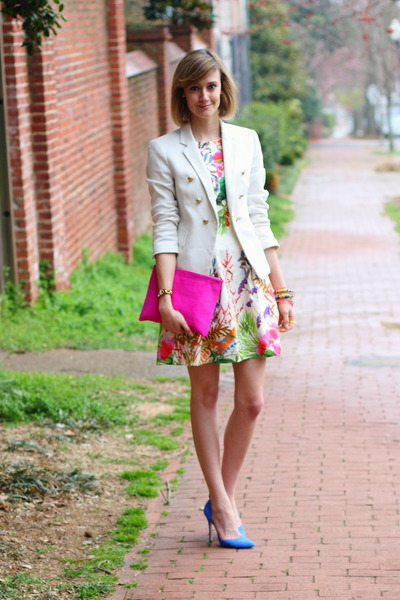 bubble gum floral Zara dress - white fitted Zara blazer