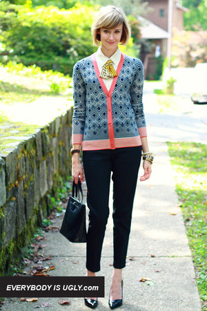 Navy-bold-print-tory-burch-cardigan