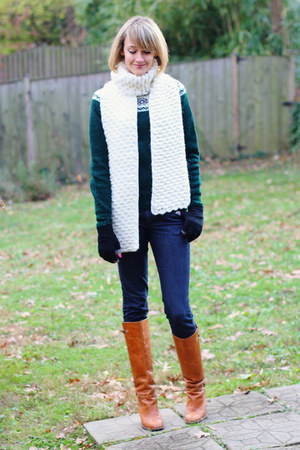 ivory Denada scarf - burnt orange knee high KORS boots - navy skinny H&M jeans