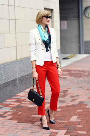red tailored White House Black Market pants - white double-breasted Zara blazer