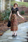 Brown-vintage-skirt-black-forever-21-top-black-finsk-shoes-black-kmrii-pur