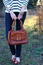 Burnt-orange-saddle-bag-bally-bag-navy-skinny-h-m-jeans