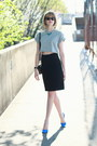Black-mini-sophie-hulme-bag-black-wayfarers-ray-ban-sunglasses