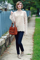 neutral bell sleeve vintage sweater - navy skinny H&M jeans